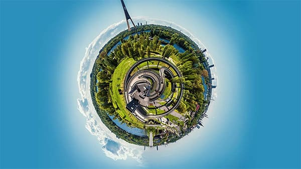 Tiny Planet and Rabbit Hole effects